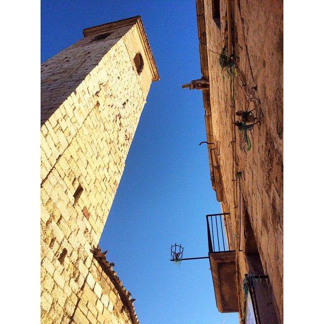 by @montblancmedieval #montblancmedieval #Tarragona #Montblanc #Catalunya #Cataluña #Catalonia #Catalogne #turisme #tourisme #turismo #tourism #trip #travel #viatjar #viatge #viajar #viaje #urban #urbano #urbà #arquitectura #architecture #street_photography  #RTW #TravelAddict #vacances #vacaciones #holidays #slowlife