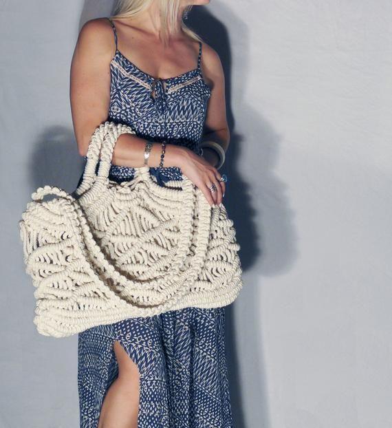 Market Bag – Large – White-100% Cotton, Macramé Bag, Tote, Beach Bag, Carry All, Weekender Bag, Boho Chic, Retro, Vegan, Summer Accessory