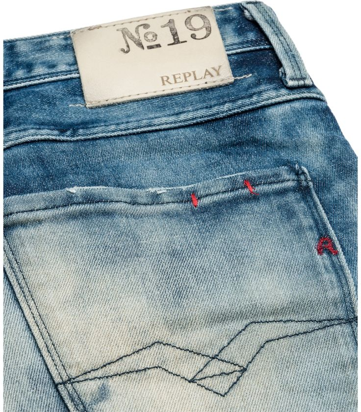 ANBASS 855 570 - Replay Maestro Selection  Men's slimfit 5-pocket jeans with zip fly, regular waist/fit and straight leg. Special corrosive gel wash for a cloudy nuance effect. Chunky whiskers & creases to finish. #REPLAYss15