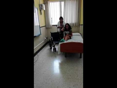 trans 4.Pasar al usuario de la cama a la silla de ruedas(usuario semidependiente)(1 tecnico)
