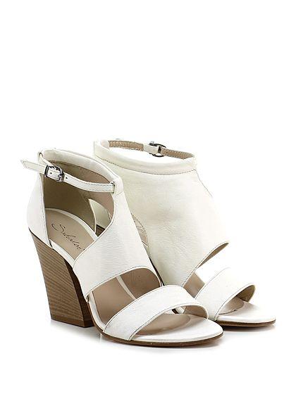 Salvador Ribes - Sandalo alto - Donna - Sandalo alto in pelle vintage con cinturino alla caviglia e suola in cuoio. Tacco 95. - AVORIO - € 140.00