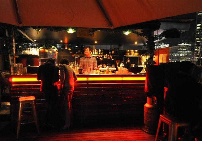 Rooftop Bar amber light bar