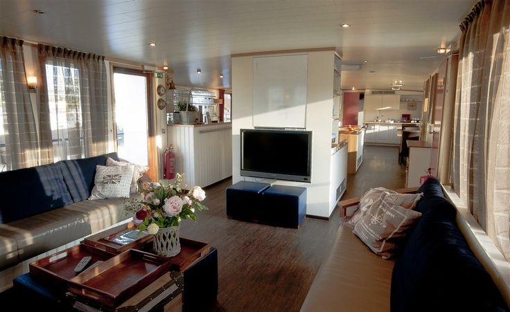 Bed and Breakfast ship MPS Iris in #Amsterdam.
