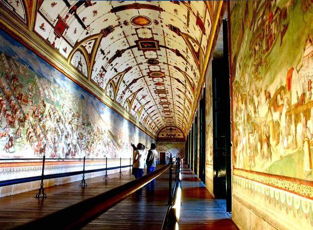 interior del monasterio del escorial