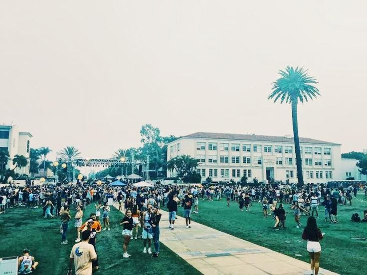 Back to school at LMU means free merch, new Lair employees, and the iconic Sunday music festival, Fallapalooza.