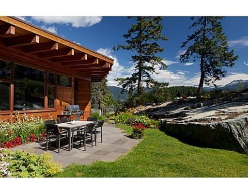 3116 HILLCREST DR, Whistler, British Columbia  V0N1B3 - V1041596   Realtor.ca