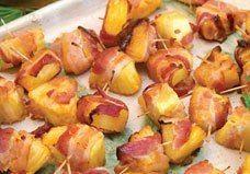 Pinchitos de piña con bacon