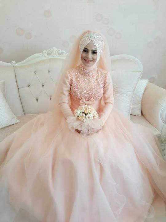 1000  ideas about Muslim Wedding Dresses on Pinterest   Goddess ...