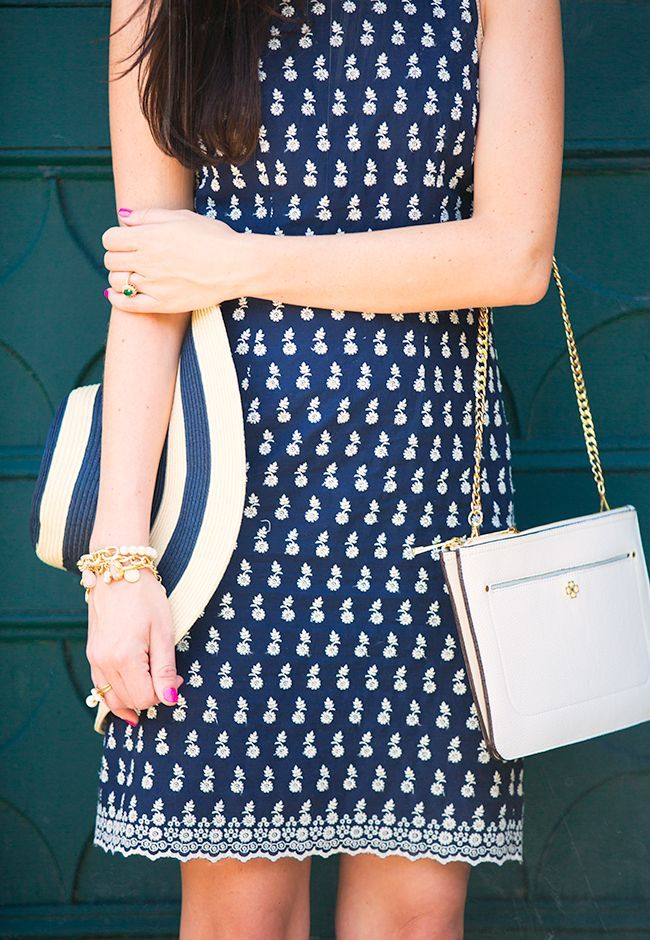 Classy Girls Wear Pearls: Swan Date. Navy dress with daisies pattern.