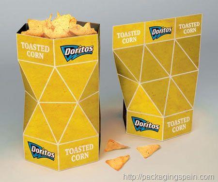 Doritos estrena un packaging con forma de prisma diseñado por Petar Pavlov