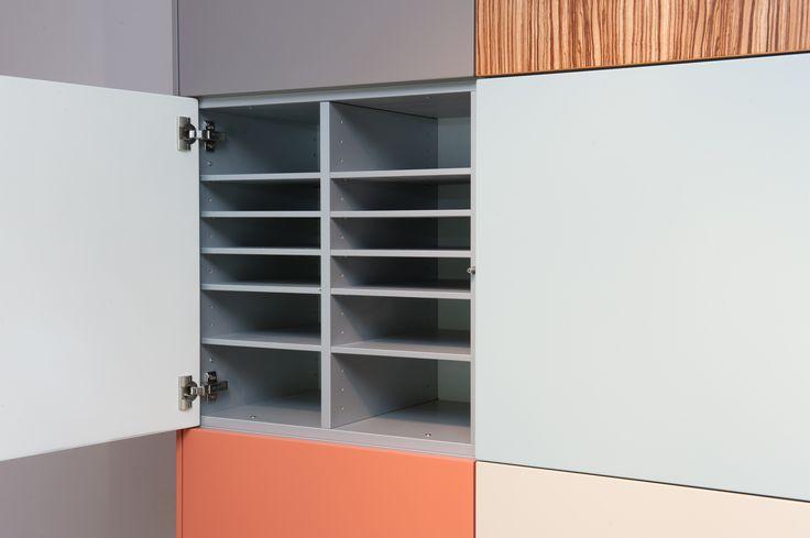 We hebben een nieuwe indeling voor de Nonoo kasten: de office-indeling. Ideaal voor een Nonoo kast voor op kantoor!