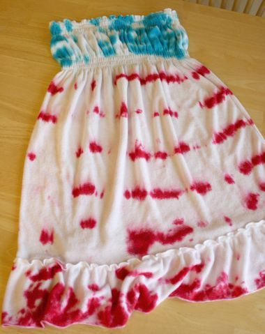 tye dyed fourth of july stuff neat idea might have to try itCrafty Stuff, Crafts Ideas, Dresses Ties, Fourth Of July, July Crafts, Ties Dyes, 4Th Ties, Ties Dyed, Crafts Parties