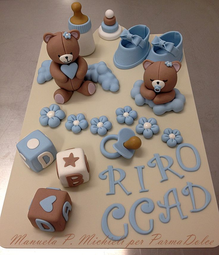 Fondant bear decorations for a Christening cake - Made in ParmaDolce by Manuela P. Michieli