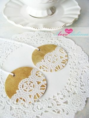 I need to make these gift tags for my Etsy store - good thing I saved those doily scraps!