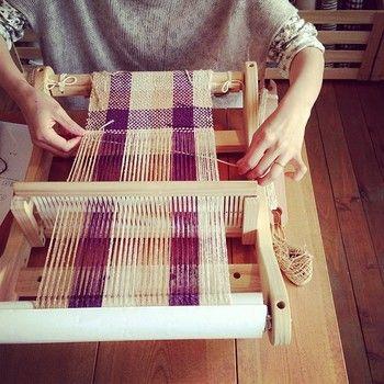 好きな色の糸で、好きな模様を織り、オリジナル布ができたときは、とても嬉しい!