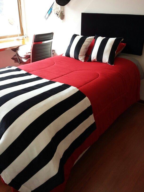 Respaldo de cama, piecera y cojines en compose!!