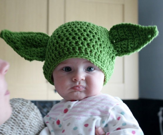 Crochet Yoda Hat : hand crochet Yoda hat ...I must convert this to a loom pattern! :)