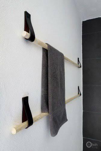 Vous avez besoin d'un porte-serviette et souhaitez le réaliser vous-même pour pas cher. Découvrez comment le fabriquer avec du bois et du cuir et l'accrocher dans la salle de bain deux temps trois mouvements, le tout pour quelques euros. Fabriquer un porte-serviette en bois et cuir Pour faire ce p