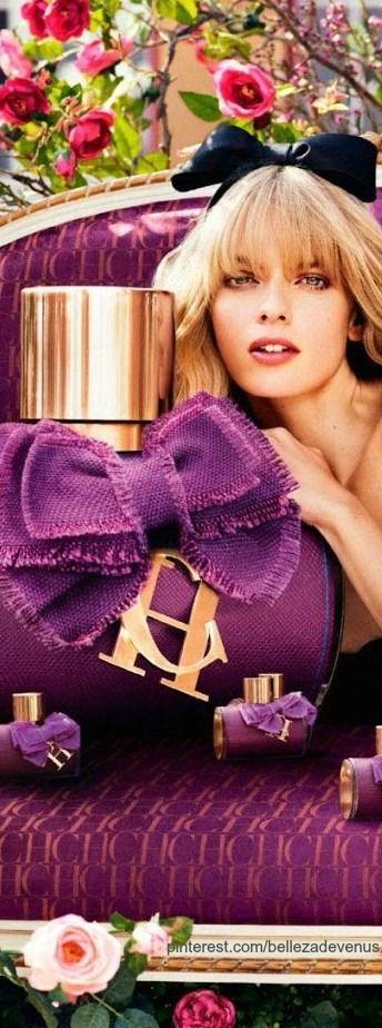 Carolina Herrera CH Eau De Parfum   The House of Beccaria#