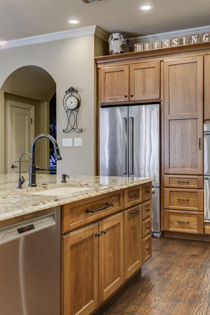 39 best traditional kitchens images on pinterest for Kitchen design 75214