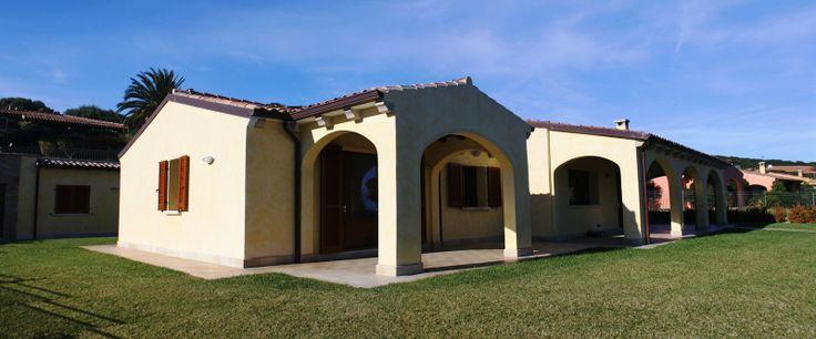 .Sardegna San Teodoro - Villa di prestigio in vendita www.orizzontecasasardegna.com  #sardegna #santeodoro #vendita #immobiliare #agenzie #realestate #sales #luxury #agenzie #italy