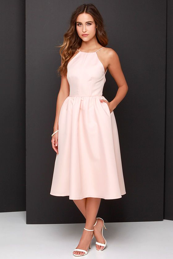 beautiful peach midi dress for spring: