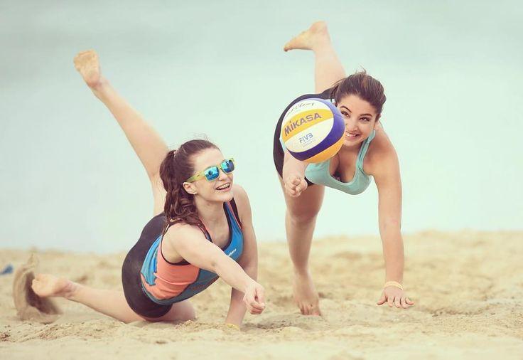 Passion  #volleyball #pallavollo #palla #störpalla #love #passion #sports #beachvolleyball #igotyourback #beach #summer #spring #sand #mikasa #asics #mizuno #lovethissport #italy #rimini #mrsgoodlife #igers #inspo #instyle #goodlife #goodtimes #goodvibes by kayraalessa