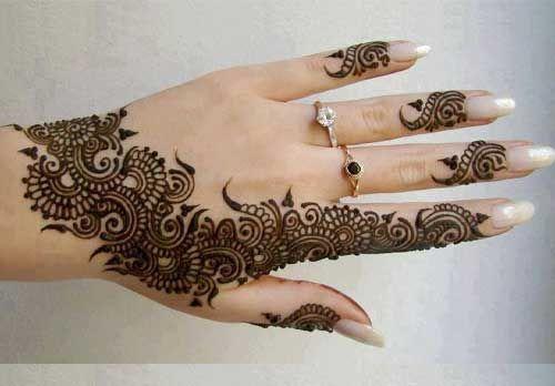 Mehndi for hand