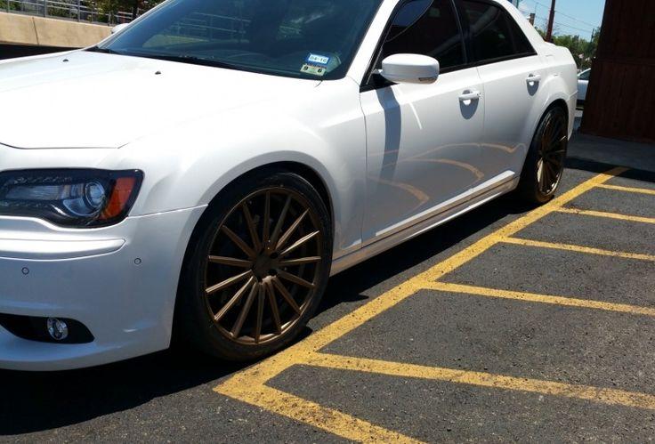 Chrysler 300 Srt8 Tires