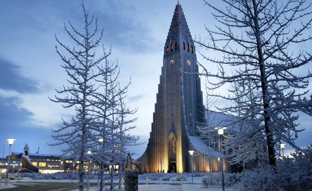 0.0% of Icelanders 25 years or younger believe God created the world, new poll reveals | Icelandmag
