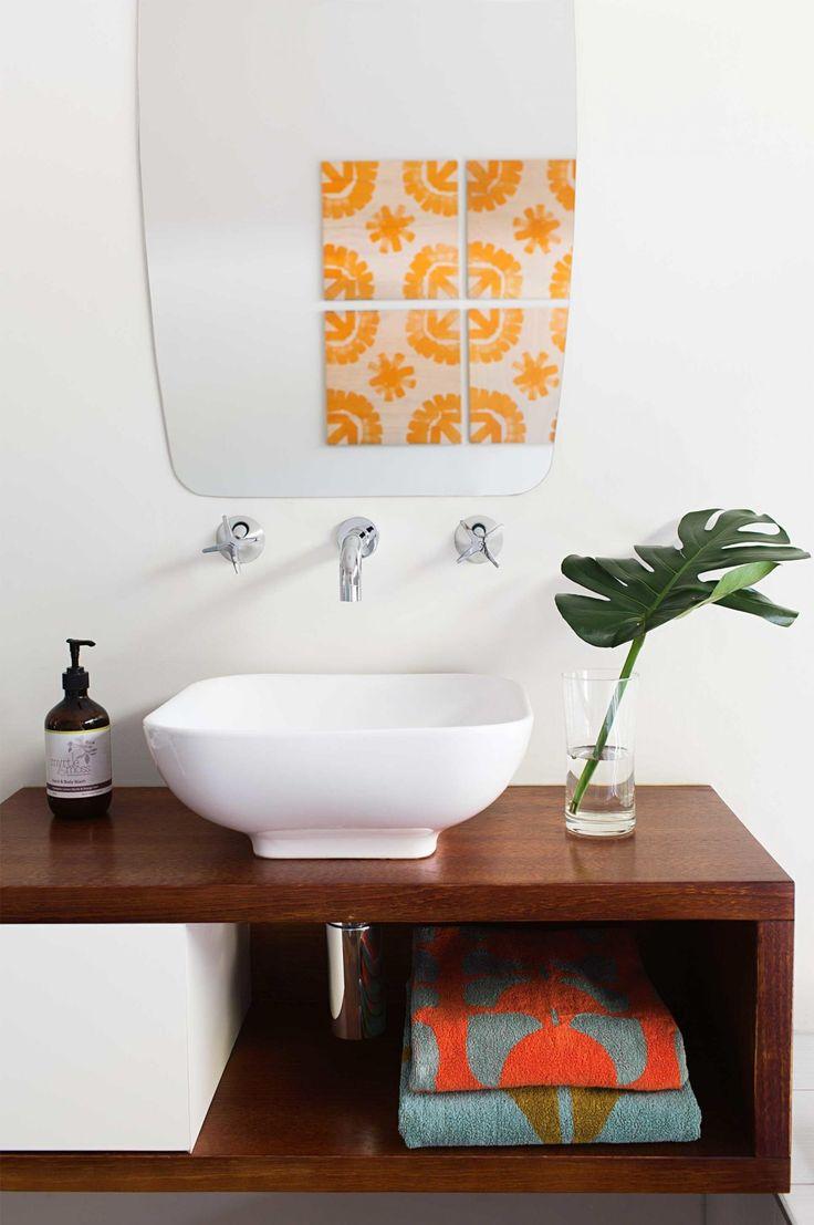 bathroom-sink-shelf-aug14