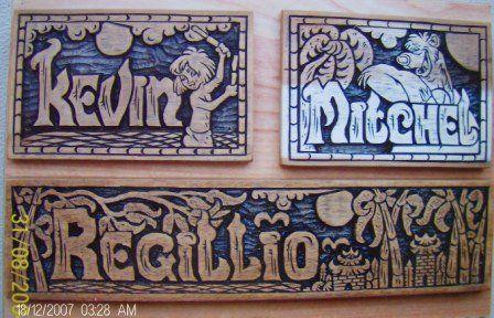 houtsnijwerk-naamborden