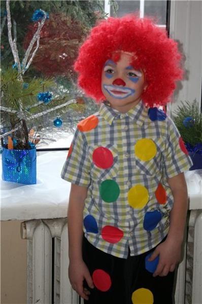 Детские новогодние костюмы фото конкурс клоунов