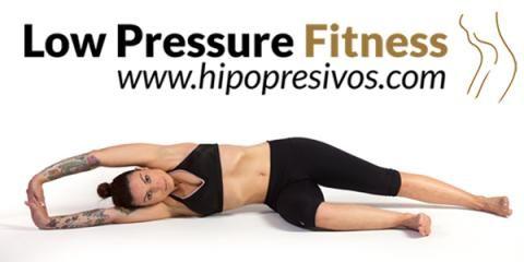 En este vídeo os mostramos cómorealizar 3 ejercicios hipopresivos básicos, se tratan de diferentes posturas para la realización correcta de estastécnicas abdominales hipopresivas.