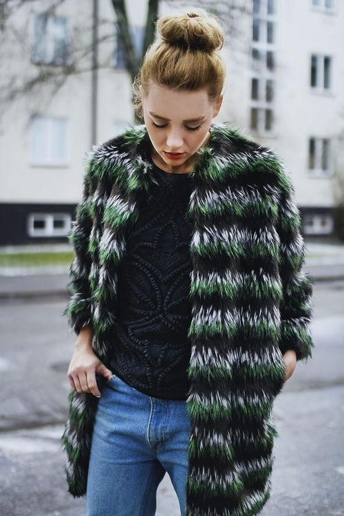 faux jacket and bun #LivingInStyle: Fashion Outfit, Fur Coats, Fashion Style, Chic Street Styles, Fashion Inspiration, Street Style Fashion, Street Chic