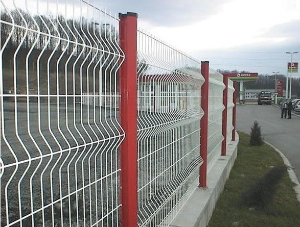 The 25+ Best Mesh Fencing Ideas On Pinterest | Dog Fence, Wire Fence And  Chicken Wire Fence