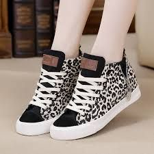 Zapatos Beigue, Zapatos Adidas, Zapatos Geniales, Tenis Zapatos, Zapatos Vintage, Prendas, Tenis Hermosos, Tenis Bonitos, Tenis Mujer