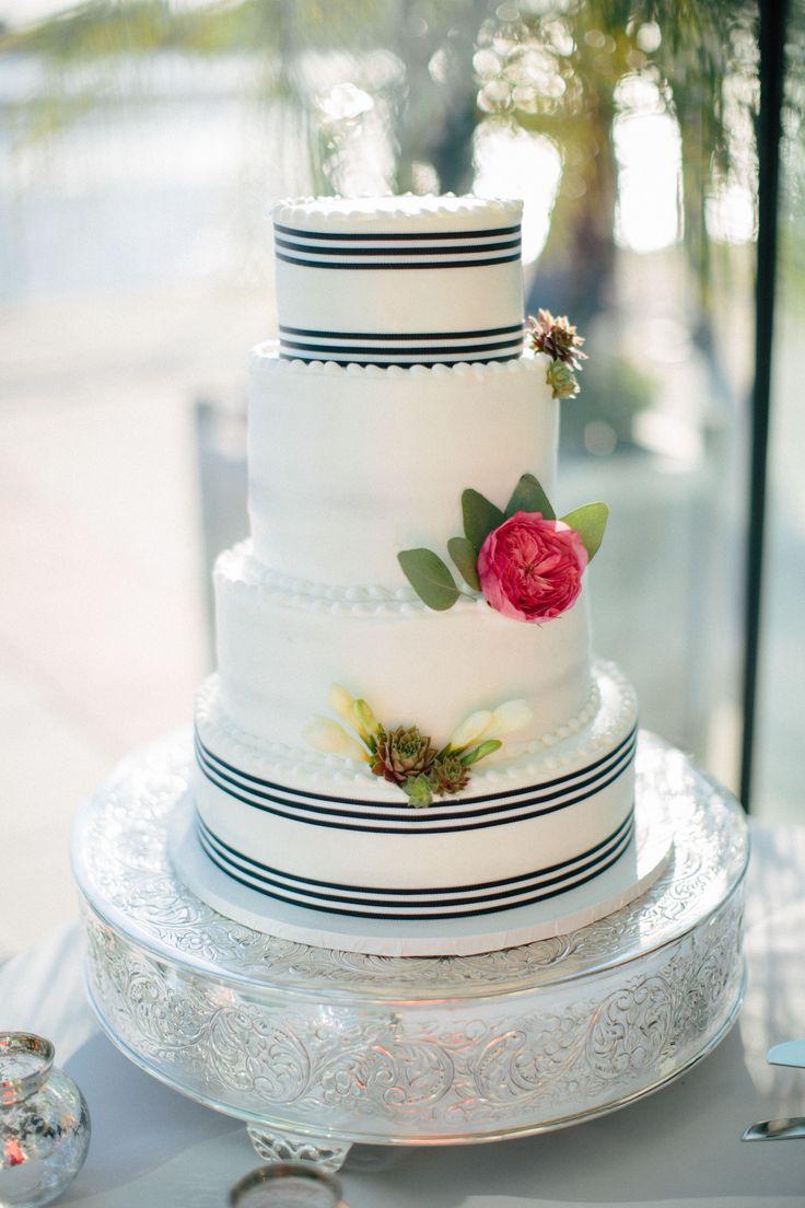 nautical wedding + preppy + wedding cake