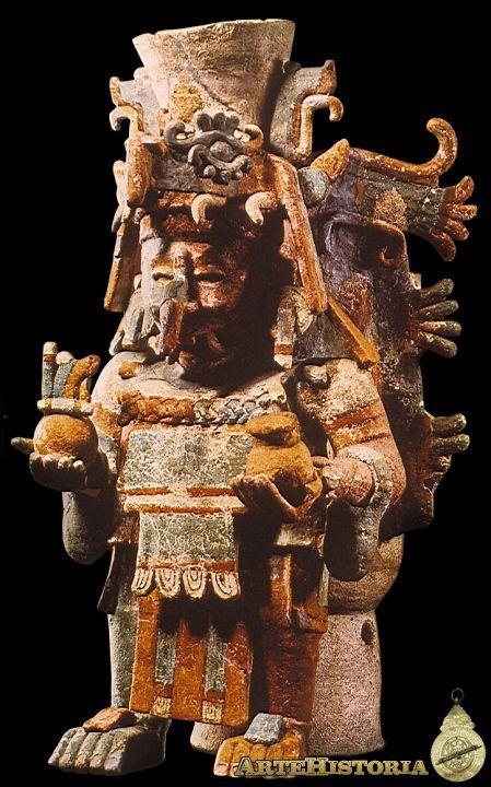 Brasero en forma de sacerdote. Cultura Maya (Mayapán, México)