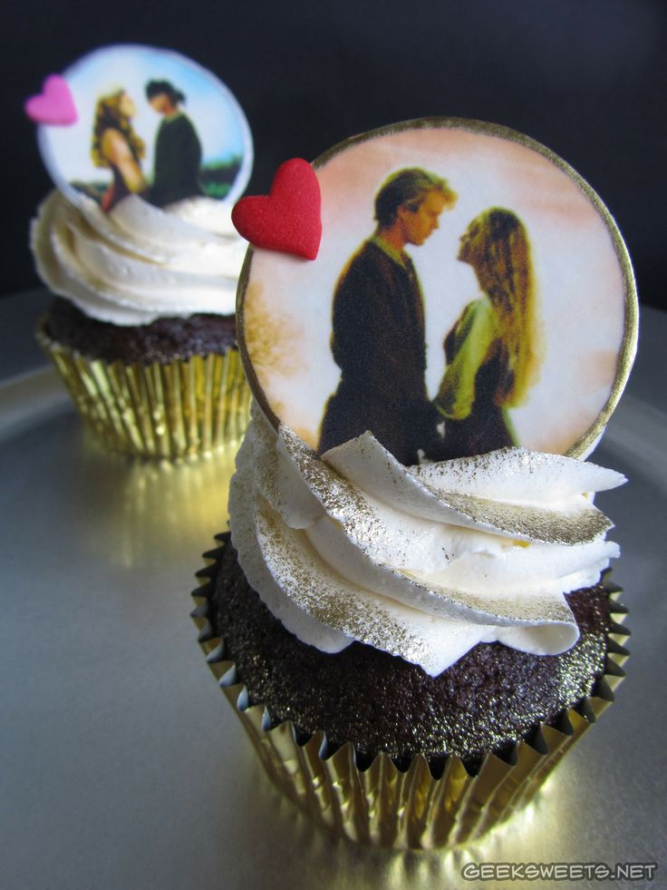 I can't even handle this <3  #The Princess Bride cupcakes