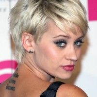 Best Short Hairstyle 2014: Layered Messy Short Pixie Haircut from Kimberly Wyatt - http://www.prettydesigns.com/pixie-cut/