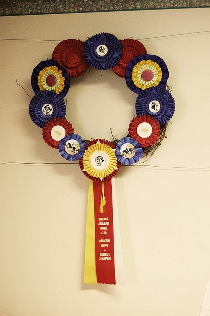 show ribbon wreath... oh! more ribbon ideas!