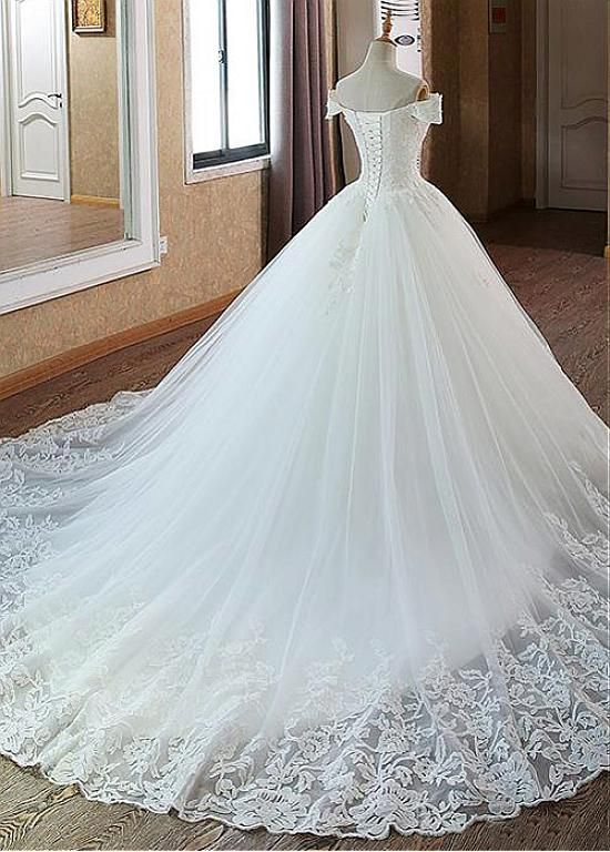 Magbridal Glamorous Tulle Off-the-shoulder Neckline Ball Robe Marriage ceremony Gown With Beadings & Lace Appliques