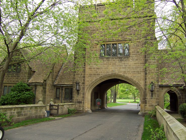 Gate house, Edsel and Elanor Ford House, Grosse Pointe