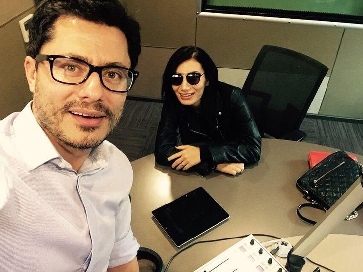Ve güzel ses İrem Derici 19Kasım'da #ÖmerErismen 'in stüdyo konuğu olarak  #canli yayın konuğu oldu.