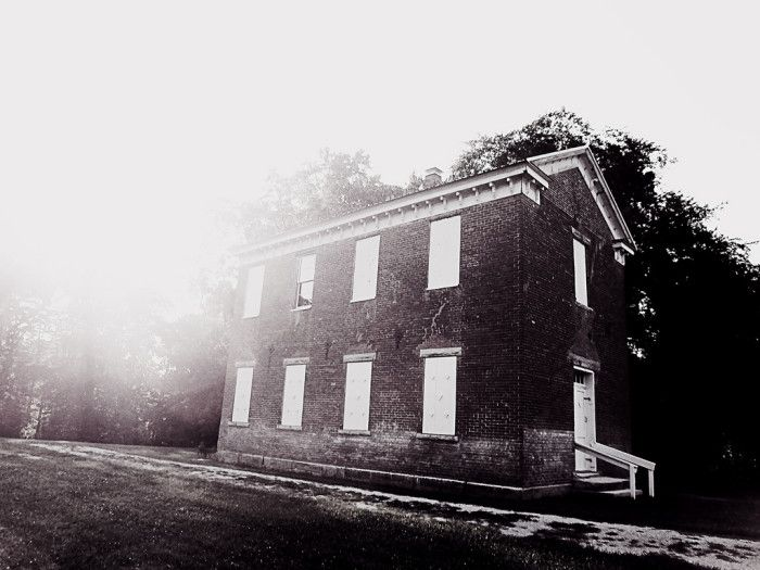 4. Here is an exceptionally spooky picture of Weddleville School. I wonder if it's haunted?