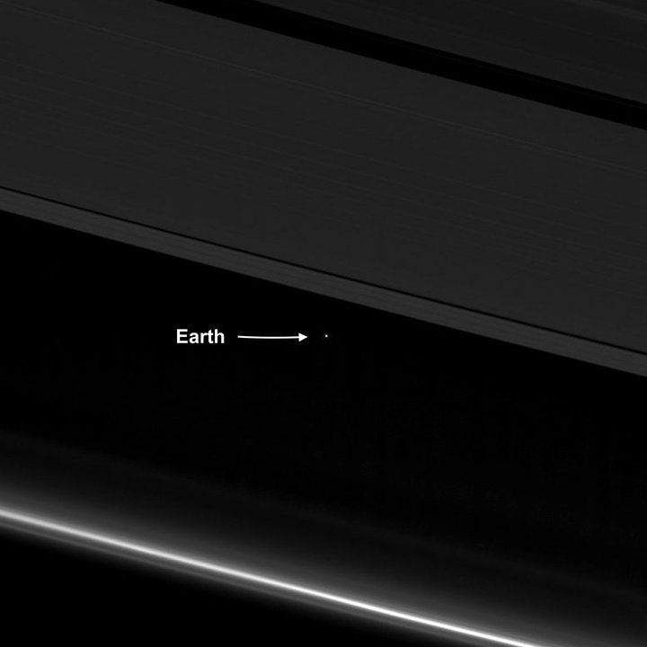 Cassini Preps For Death Plunge Into Saturn And Sends Farewell Image Of Tiny Earth | The Huffington Post