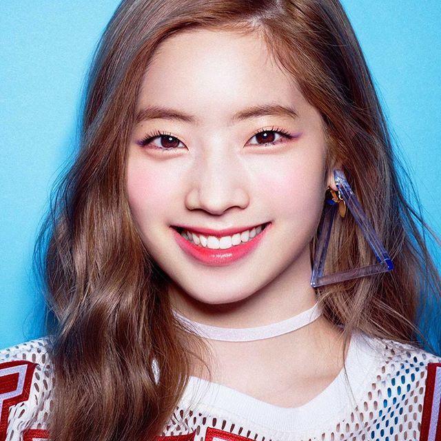 TWICE JAPAN  —  [#dahyun #다현 #sixteen #twice #트와이스 #once #jyp #jype #girlgroup #kpop #love #cute #eagle #f4f #likemore #nayeon #jihyo #sana #tzuyu #momo #jungyeon #mina #chaeyoung #girl #selca #tbt #twicejjang #prettydahyun]