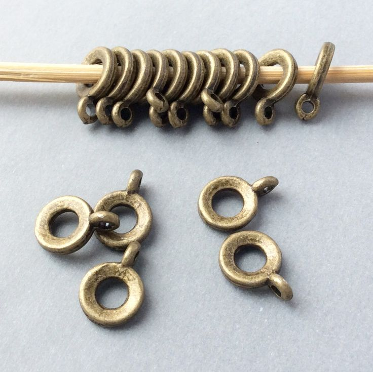 Купить или заказать Бейлы 11 мм цвет бронза держатели для кулонов и подвесок в интернет-магазине на Ярмарке Мастеров.