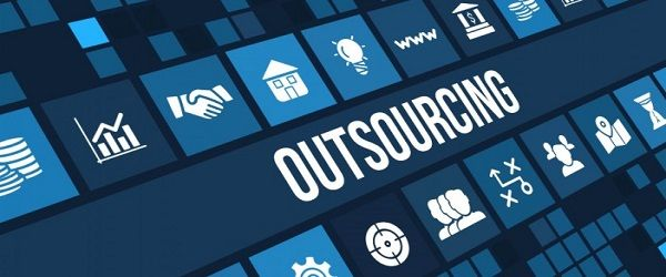 outsourcing-adhokracja